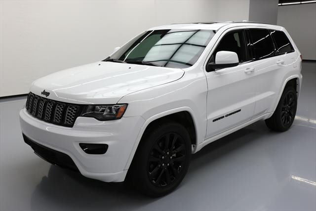 amazing 2017 jeep grand cherokee 2017 jeep grand cherokee altitude sunroof nav 20 s 11k 702764. Black Bedroom Furniture Sets. Home Design Ideas