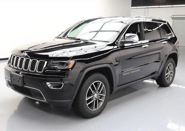 2017 jeep grand cherokee laredo black. Black Bedroom Furniture Sets. Home Design Ideas