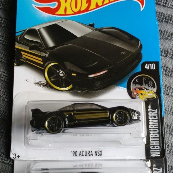 Awesome Hot Wheels 2 Cars Black '90 Acura NSX 2018-2019