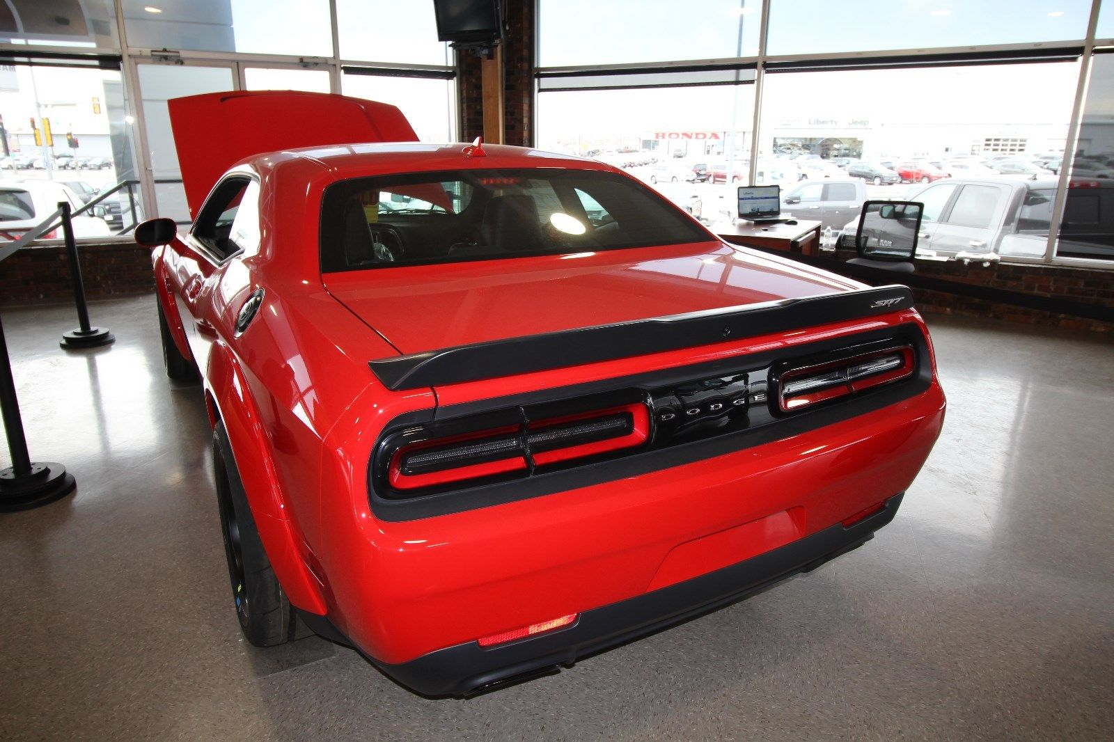 amazing 2018 dodge challenger srt demon 2018 dodge demon. Black Bedroom Furniture Sets. Home Design Ideas