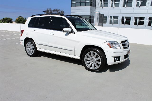 Awesome 2017 Mercedes Benz Glk Cl 350 Sport Utility 4d 78504 Miles White Suv V6 2018