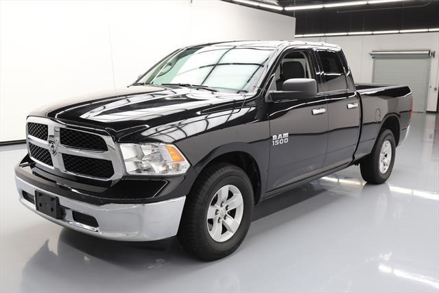 awesome 2017 dodge ram 1500 slt crew cab pickup 4 door 2017 dodge ram 1500 slt quad cab 6 pass. Black Bedroom Furniture Sets. Home Design Ideas