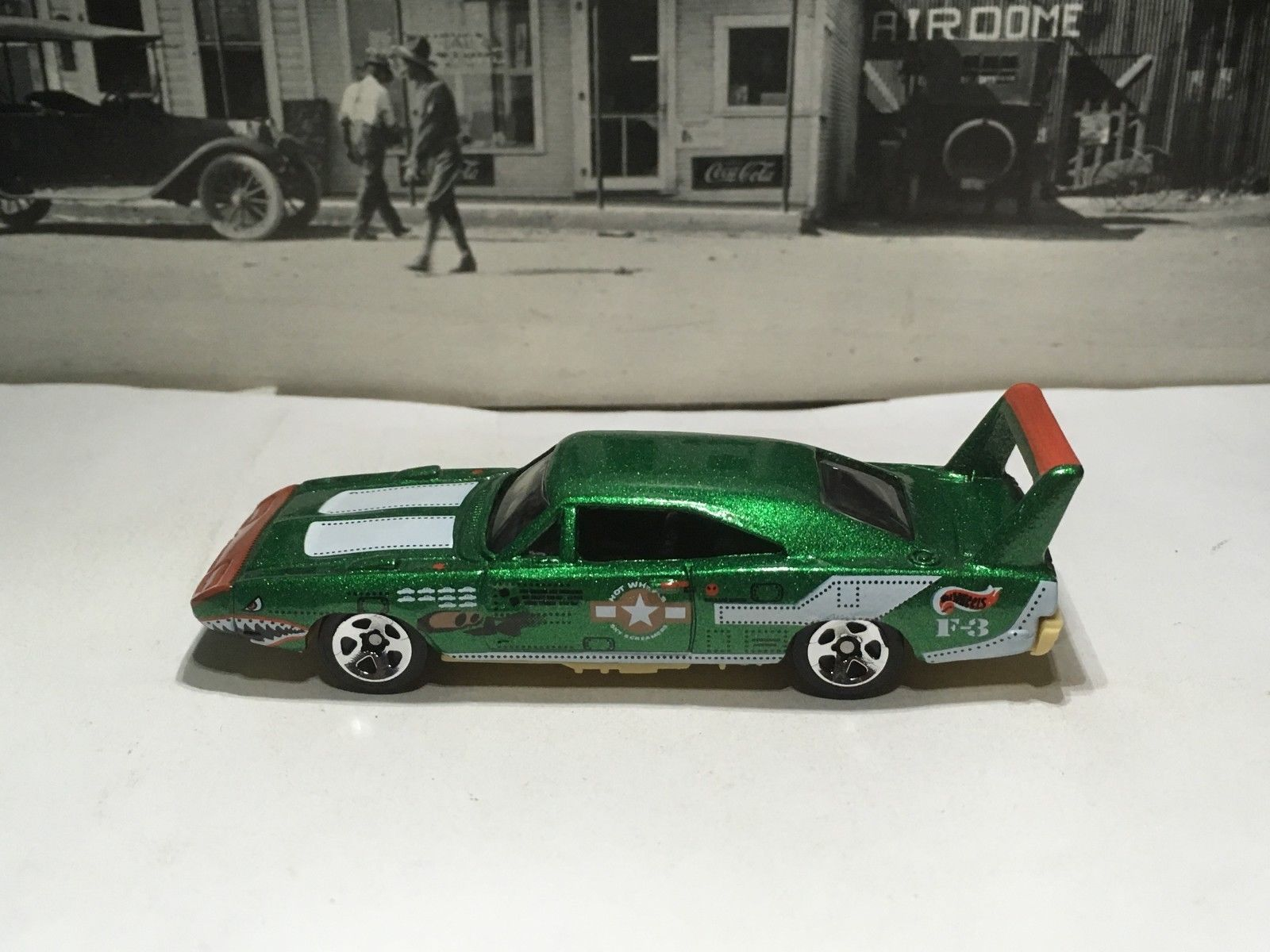 used hot wheels 1970 1969 dodge charger daytona 1998 flying aces green loose 2018 2019 24carshop com 24carshop com