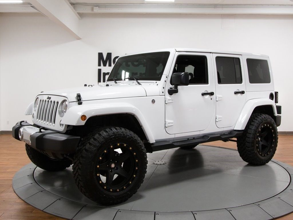 Amazing 2017 Jeep Wrangler Unlimited Ozark Mountain Edition 10300 Miles Bright White Cle 2018 2019