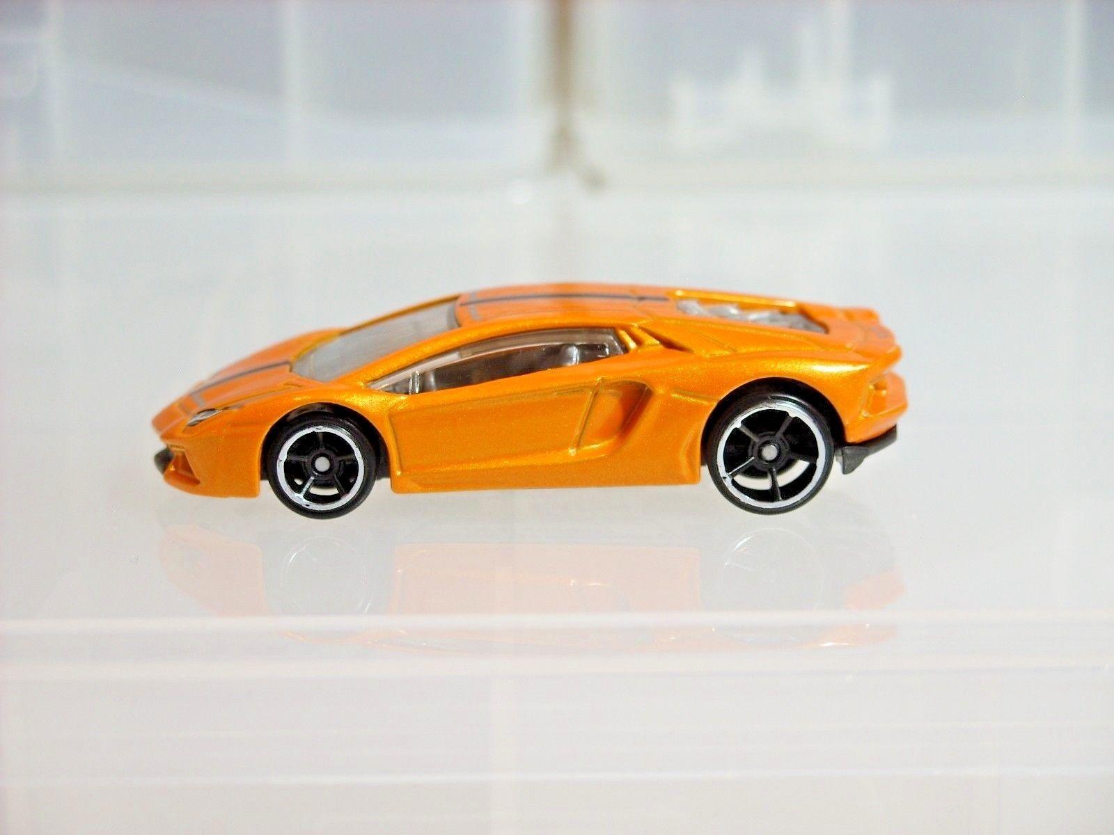 Awesome Hot Wheels / Lamborghini Aventador LP 700-4 / Orange / Exotics 5 Pack ~ 2016 #5 2017 2018