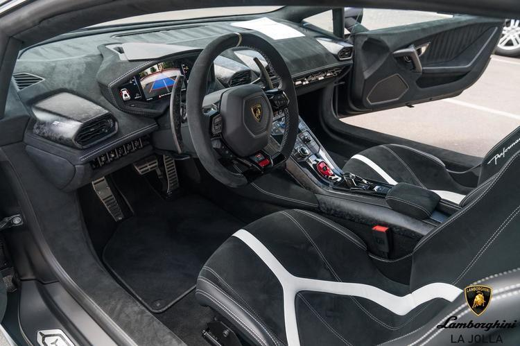 Awesome Lamborghini Huracan Carbon Forged Interior Kit 4t0898500