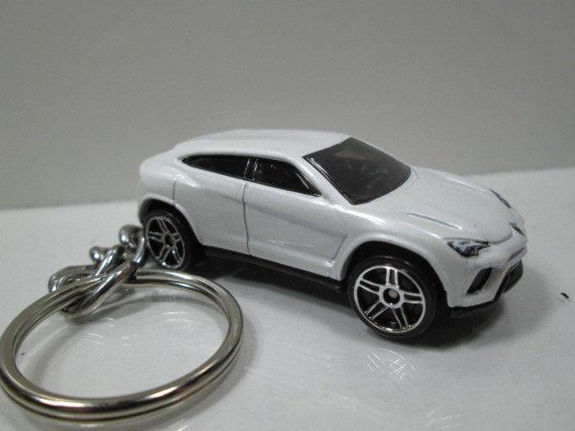 Amazing Lamborghini Urus White Custom Made Die Cast Key Chain