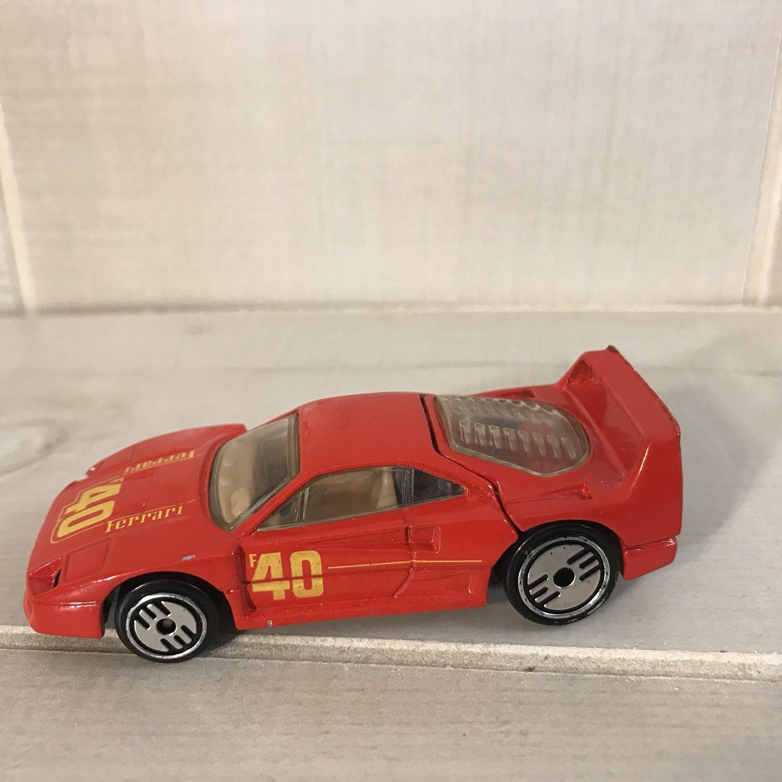 Awesome Vintage 1980 Hot Wheels Ferrari F40 Red Mattel 2017 2018