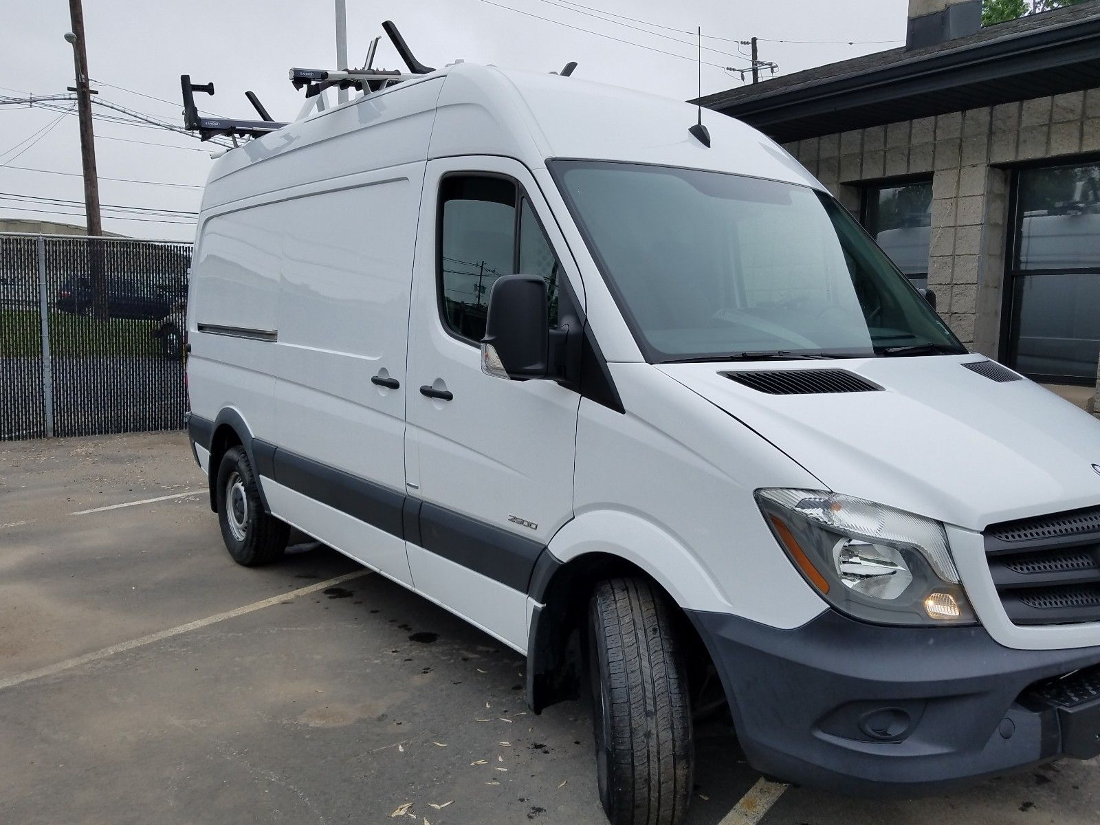 great 2015 mercedes benz sprinter 2015 mercedes benz sprinter diesel cargo 2500 144 wb high roof. Black Bedroom Furniture Sets. Home Design Ideas