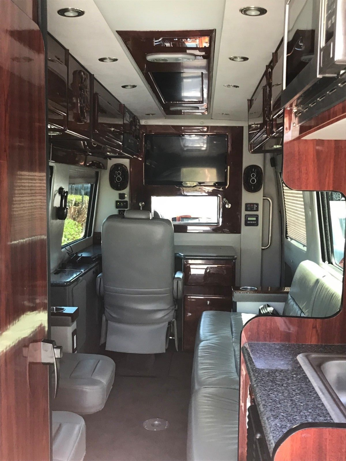 Amazing 2015 Mercedes Benz Sprinter Executive Mobile