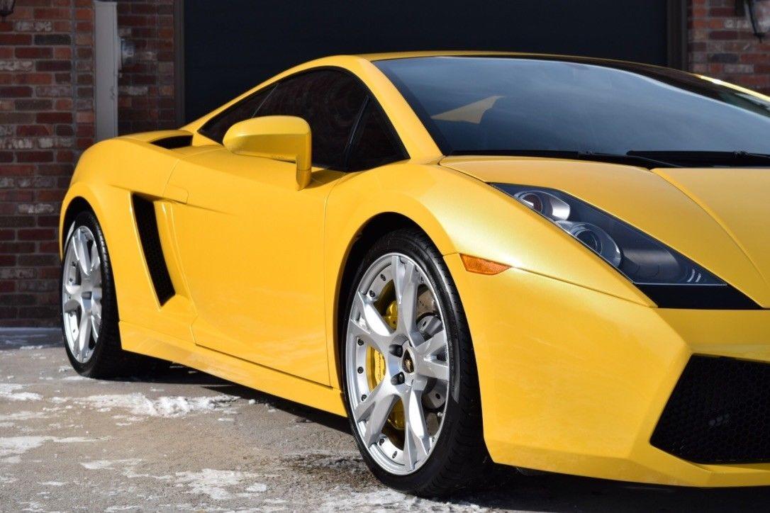 Awesome 2007 Lamborghini Gallardo Coupe All Stock Heavily Optioned