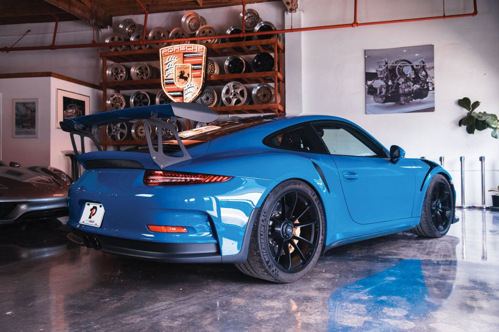 Porsche 911 2dr Coupe Gt3 Rs 991 1 Gt3rs Pts Golf Blue 1 Of 3 2018 2019 Is In Stock And For Sale 24carshop Com