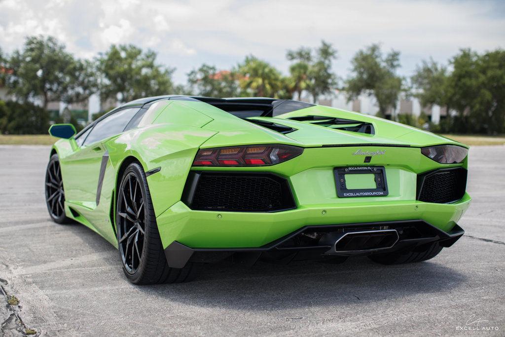 Amazing Lamborghini Aventador 2dr Convertible 2015 Lamborghini