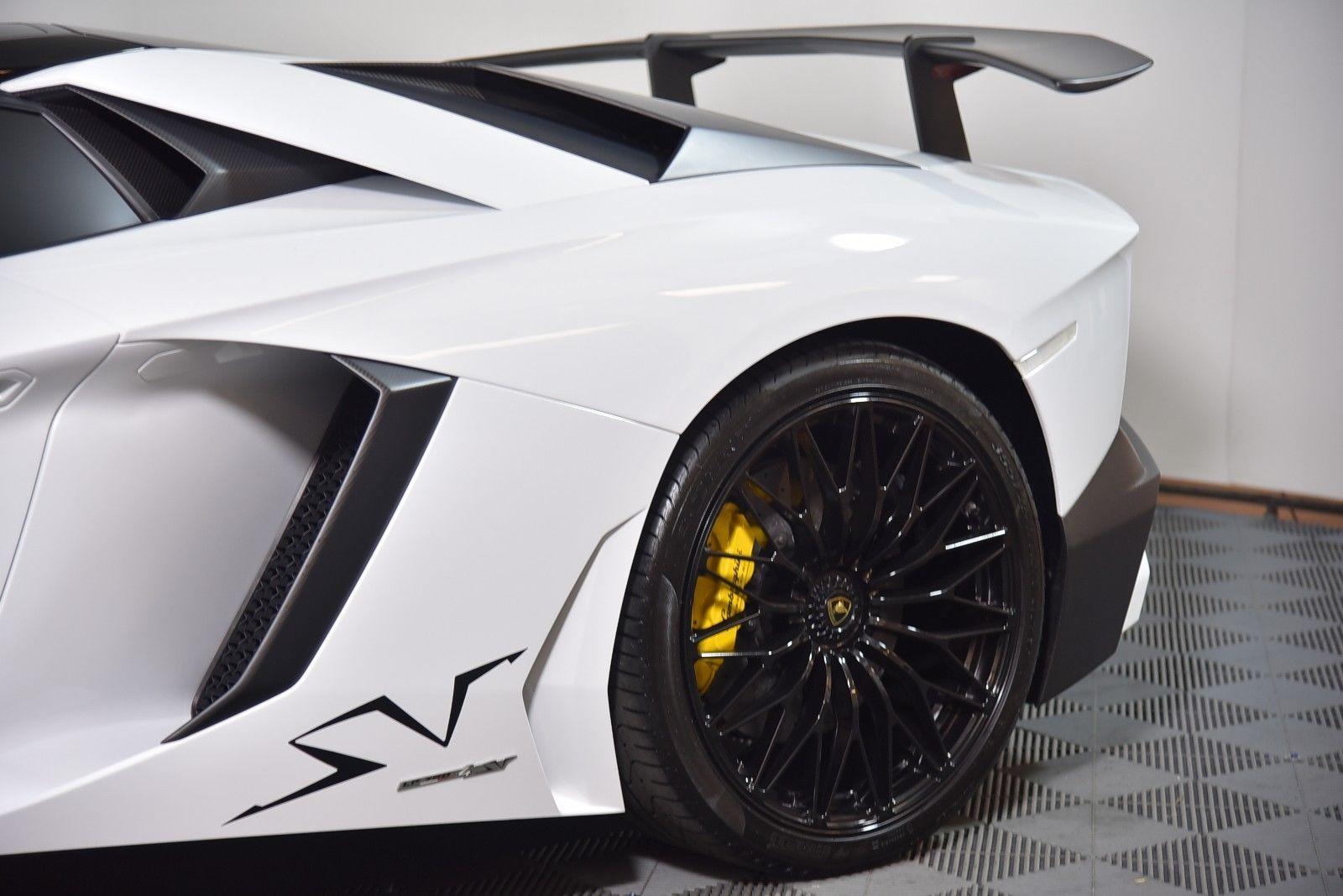 Awesome 2017 Lamborghini Aventador Sv Roadster 2017 Lamborghini