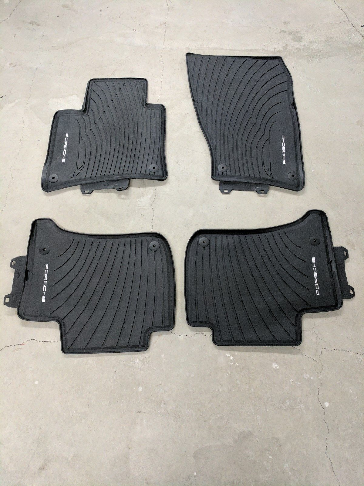 Awesome 2011 Porsche Cayenne Oem Rubber All Weather Floor
