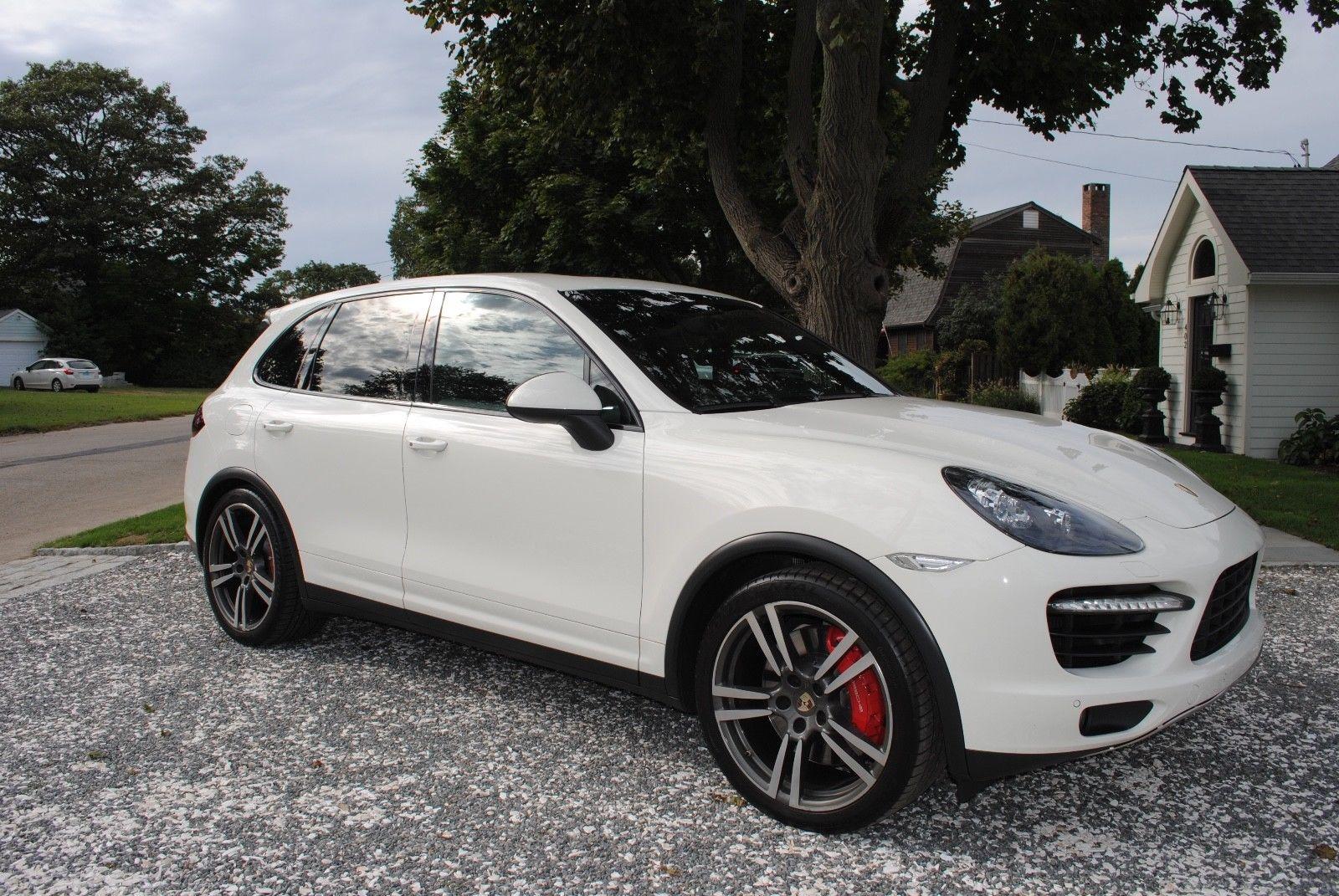 Amazing 2011 Porsche Cayenne 2011 Porsche Cayenne Turbo