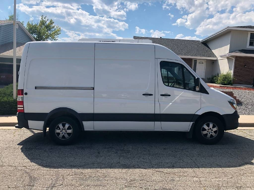 Great 2016 Mercedes-Benz Sprinter 2016 MERCEDES-BENZ SPRINTER (THERMO-KING)  2018-2019